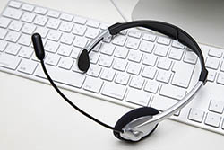 headset-and-keyboard1